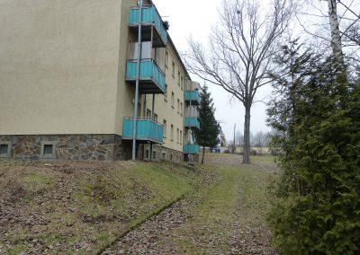 Wohnung in Ronneburg, Mozartstraße 4, Hausansicht Balkonseite